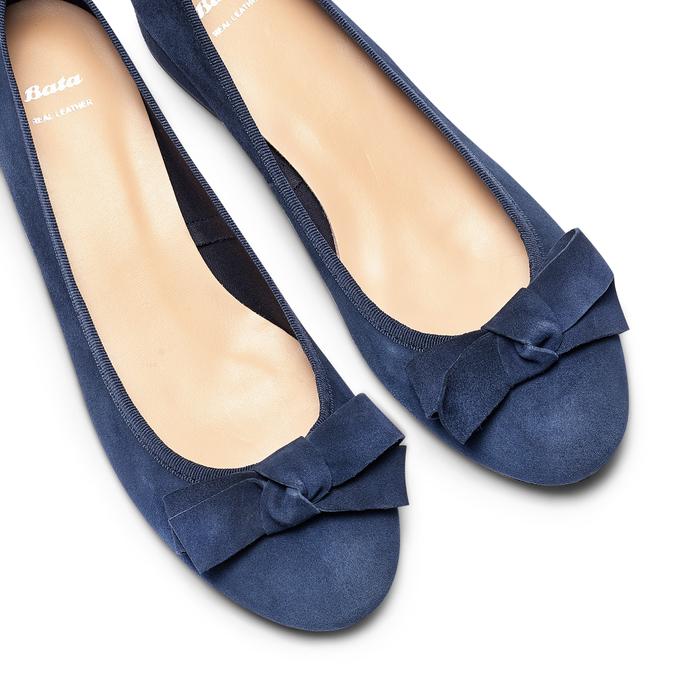 Ballerine en cuir à nœud bata, Bleu, 523-9420 - 26